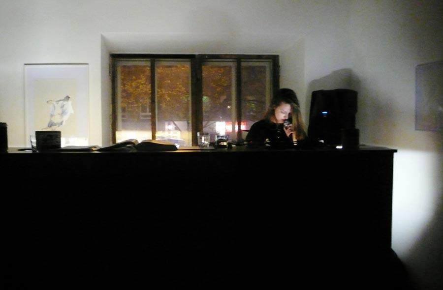 Performance: 3 RAR – Beatrix Curran, Foto © Marina Sula
